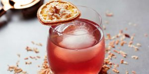 Men's Folio Advises – Cocktail Bars to Check Out This Summer