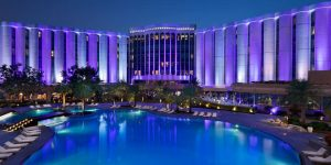 Hotels in Bahrain: Review of Ritz-Carlton's luxurious 5-star resort in the Middle East